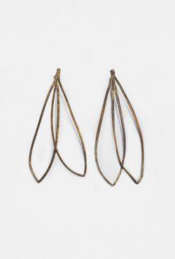 Lazo L earrings