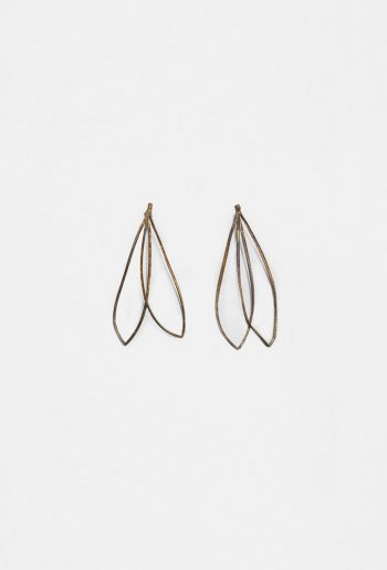 Lazo L earrings