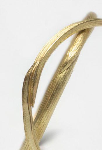 Pi wedding gold ring Detail